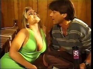 Young girl Montana Gunn with beautiful boobs wants anal