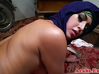 Chokeplay arab amateur doggystyle fuck