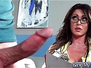 Sex Adventures Between Doctor And Horny Patient (Jessica Jaymes) vid-12
